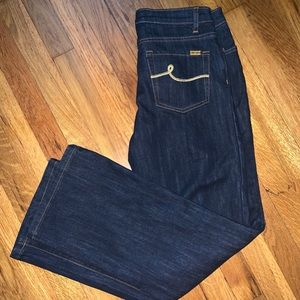 Brand new with tags Bill Blass women's jeans .